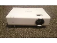 NEW sony data projector