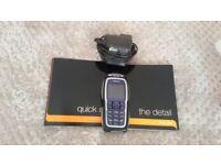 Nokia 3220 Mobile Phone.