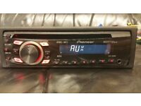 CAR HEAD UNIT PIONEER CD MP3 PLAYER WITH AUX AND RCA 4 x 50 WATT STEREO AMPLIFIER RADIO