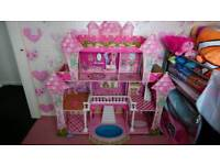 Big barbie dolls play house £20ono