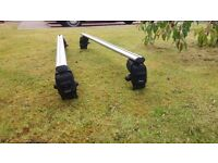 Renault Scenic roof bars in excellent condition 2010 onwards