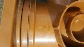 Osma 110mm 4D900 Bottle Gully Drain 87.5 deg (closed bosses)