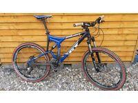 Mens GT cross-country/downhill Mountain Bike