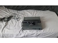 x box 360 elite with kinect and 19 games