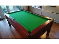 Pool table - 7 foot rileys