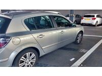 Full service history, 1 previous owner, heated seats, cruise control, climate control AC