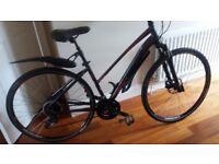 Ladies Merida Crossway 100 Hybrid Bike - Excellent Condition - Original cost £500