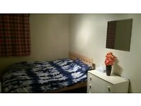 Nice double room in a lovely flat. £ 386pcm. bills included except for electricity.