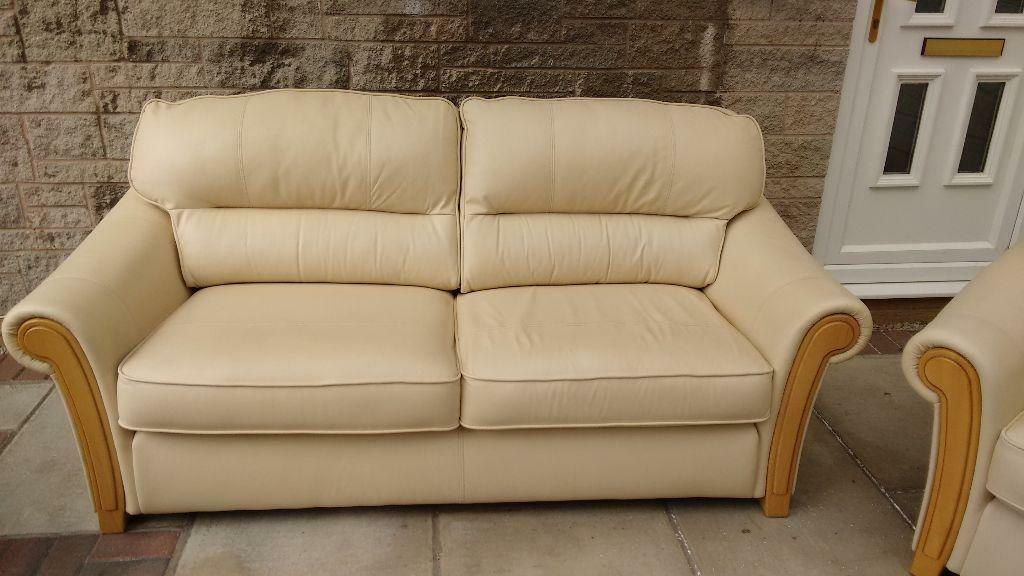 Leather Bed Settees 23
