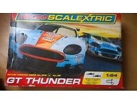 Micro Scalextric GT thunder 1:64 Aston martin