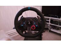 Logitech G29 Steering wheel for PS4 with stand and gearshift mount