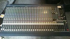 Yamaha MG32/14FX Mixer