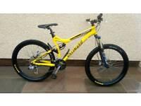 Specialized stunt jumper full suspension mountain bike
