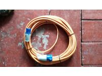 Mains hook up power cable, standard length.