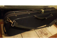 Violin case. Insulated. Temperature sensor. Dimensions of the violin 63 - 23 - 15 (cm)