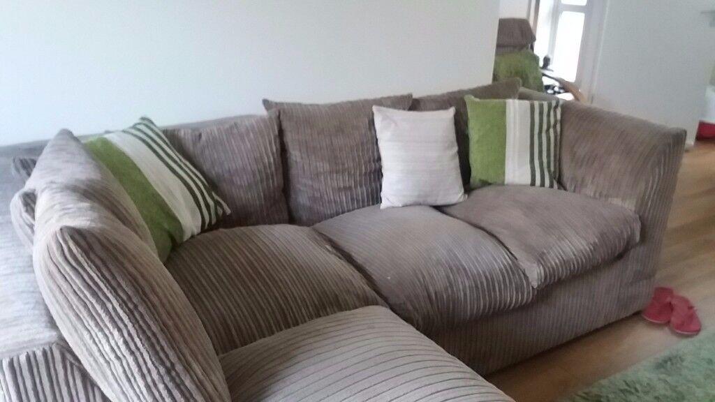 Jumbo cord beige 3 seater corner sofa