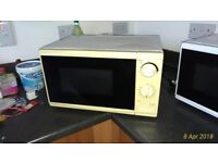 Microwave - good clean condition
