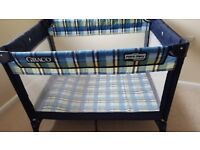 Travel cot Graco in blue and yellow