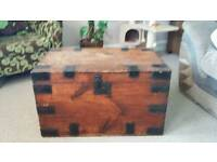 Coffee table / Wooden chest