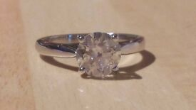 Beautiful 18ct white gold 1.50ct (1 1/2 carat) solitaire diamond ring with £8500 valuation
