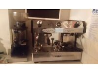Working coffee machine with electric grinder