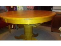 Extending Rubber Wood Dinning Table
