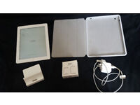 Old Apple Ipad 16gb for sale with case, charger and dock £60ono