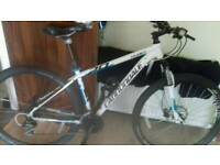 """Cannondale Trail 6 - 29"""" . Hydraulic brakes"""