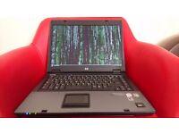 Laptop HP Compaq: 160GB, 2GB RAM, Intel Core 2 Duo