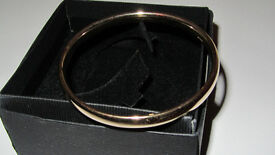 Solid heavy gold bangle