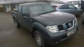 nissan navara crewcab trek, 2007 registration, 2.5 turbo diesel, covered only 105,000 miles,