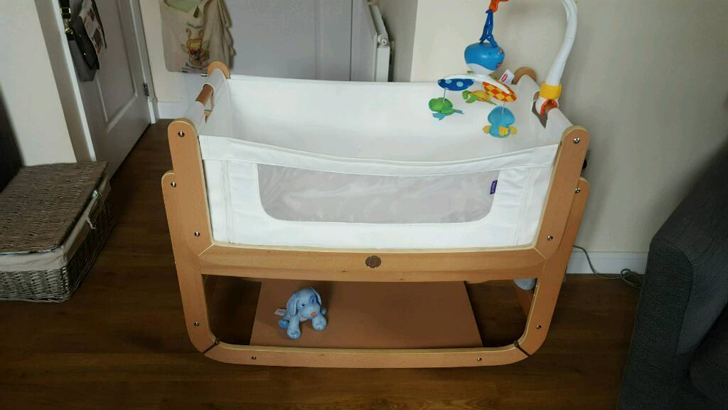 Snuzpod 3 n1 bedside Crib (including organic mattress)