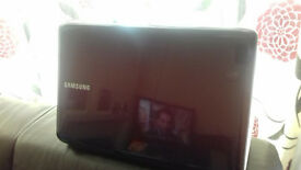 Beautiful Samsung Laptop, in excellent condition,15.6''T4400 AT 2.20GHZ dual core £99
