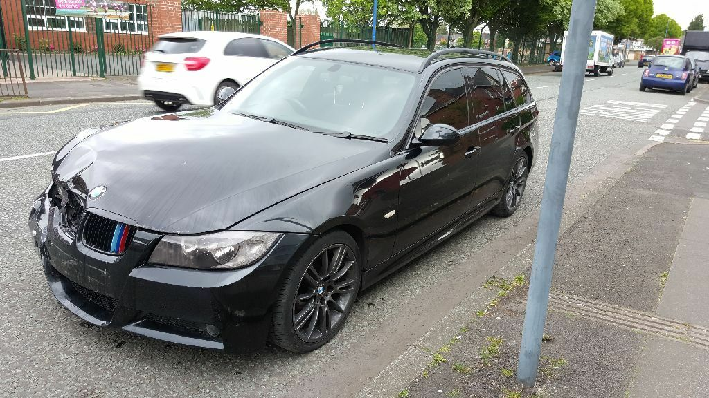 2007 bmw 320d m sport touring damage to front and back 2 keys and all paperwork in edgbaston. Black Bedroom Furniture Sets. Home Design Ideas