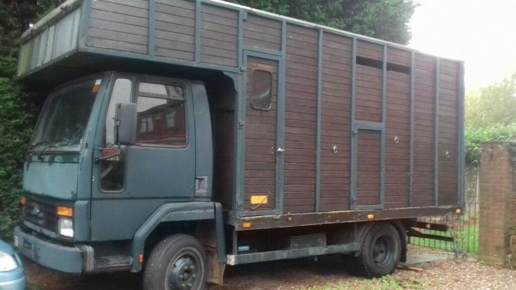 Ford Cargo 0813 Horsebox On Sorn In Doncaster South Yorkshire