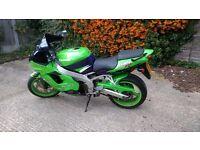 Kawasaki zx9e green meanie,mot July 17