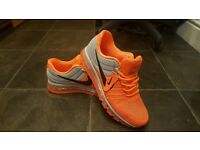 @@LOOK@@ MENS NIKE AIR MAX 2017 SIZE 9 BRAND NEW NEVER WORN VERY RARE! NOT FOR SALE IN THE UK YET!
