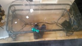 Glass coffee table £25 need gone as redrcorating collection only no time wasters