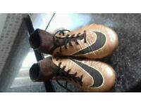 Football sock boots size 6