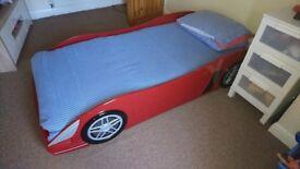 Red car bed frame single