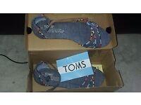 Toms sandals size 4 £20