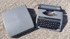 Retro Clough's Silver Reed Grey Portable Manual Typewriter