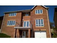 Beautiful 5 bed 4 bathroom detached family home with stunning views freehold for immediate sale