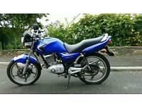 Suzuki en125