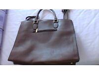 Brown handbag never used