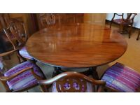 Reproduction Circular Extending Dining Table and Chairs