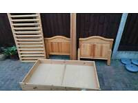 Cotbed with custom made mattress