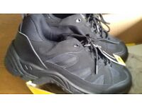 Safety trainers size 8 uk
