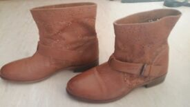 Ladies Womens Leather Brown Anckle Boots size 6/39