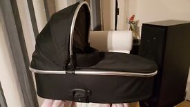 Oyster / oyster max carrycot in excellent condition